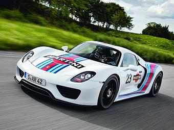 """Гибридный суперкар Porsche покрасят в цвета победителя """"Ле-Мана"""""""
