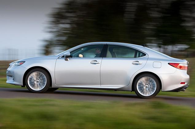 Проверяем Lexus ES на готовность к Европе. Фото 4