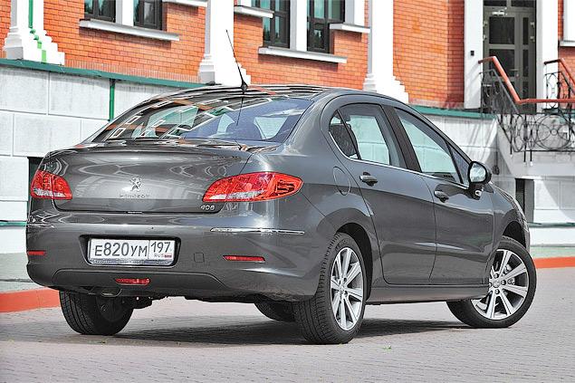 Тест-драйв разработанного для России Peugeot 408. Фото 1