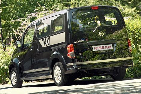 Компактвэн NV200 получит сертификат лондонского такси к концу года
