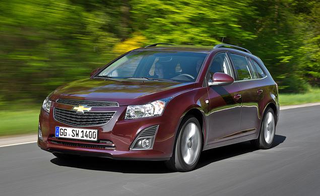 Тест-драйв Chevrolet Cruze в кузове универсал. Фото 3