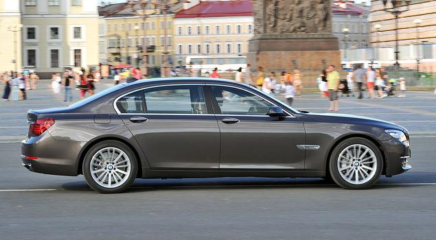 Тест-драйв «пропатченного» BMW 7-Series. Фото 5