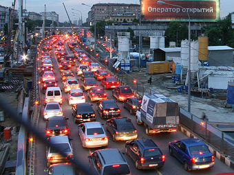 Власти Москвы предложили повысить транспортный налог