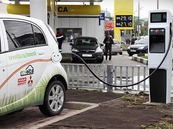 Зарядка электрокаров в Москве обойдется в 30 рублей в час