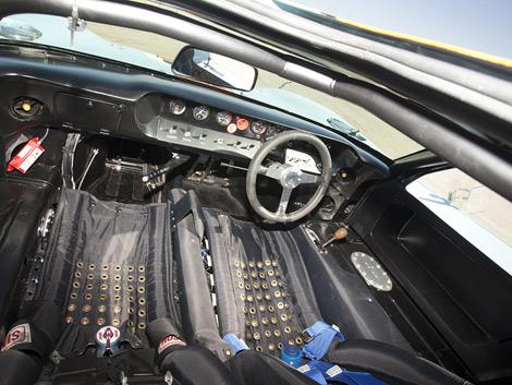 """Автомобиль выигрывал гонки и участвовал в съемках фильма """"Ле-Ман"""" со Стивом Маккуином. Фото 4"""