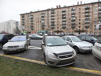 Московские водители помешали автобусам на три миллиона рублей