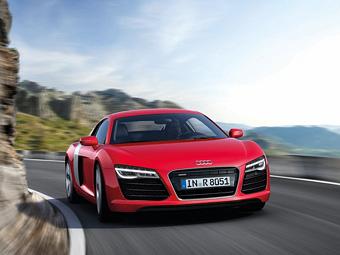 Audi назвала рублевые цены на обновленный суперкар R8