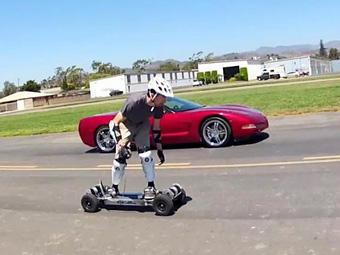 Chevrolet Corvette проиграл дрэг-рейсинг скейтборду