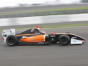 Антон Небылицкий остался без места в Формуле-Renault 3.5