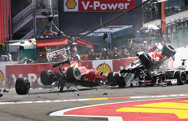 Авария на старте Гран-при Бельгии оживила интригу в Формуле-1. Фото 2