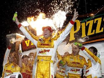 Хантер-Рэй отобрал у Бриско победу на гонке INDYCAR в Балтиморе