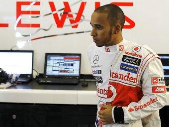 Экс-чемпионы Формулы-1 посоветовали Хэмилтону остаться в McLaren
