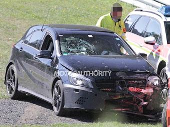 """""""Заряженный"""" Mercedes-Benz A-Class попал в аварию на Нюрбургринге"""