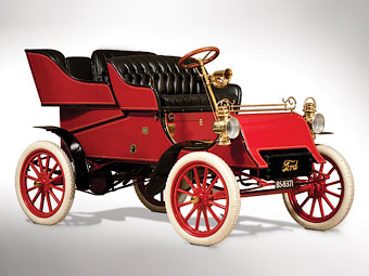 Самый старый автомобиль Ford выставят на аукцион
