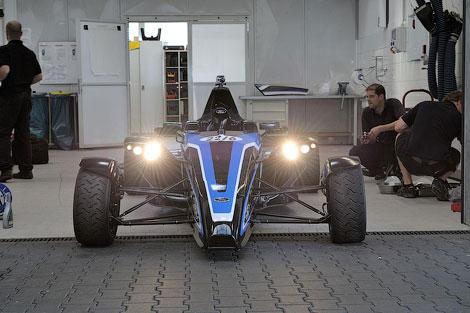 Новинка составит конкуренцию спорткару Ariel Atom. Фото 2