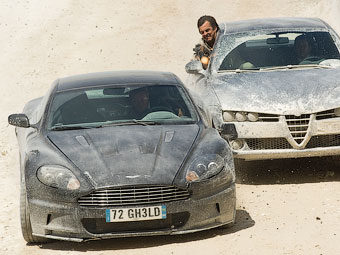 Машины Джеймса Бонда продадут на аукционе
