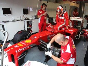 Команда Ferrari установила в болид Формулы-1 третью педаль