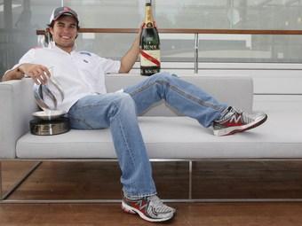 Перес и Ковалайнен стали претендентами на место в McLaren