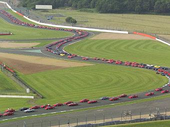 Британцы соберут вместе рекордное число суперкаров Ferrari