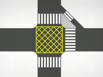 Московские власти решили раскрасить перекрестки