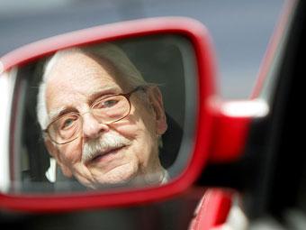 Пожилых немцев заставят пересдавать на права каждые два года