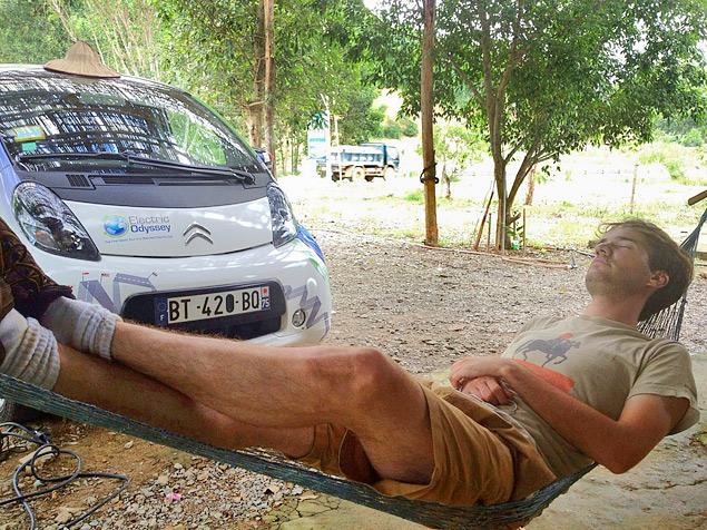 Как обогнуть Землю на электромобиле. Фото 10