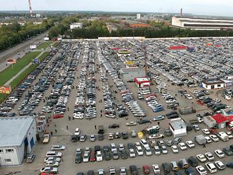 В августе россияне потратили на новые машины 203 миллиарда рублей
