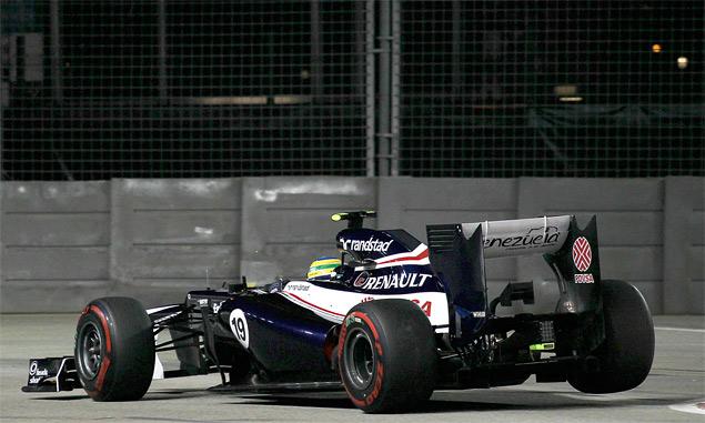 Сход Хэмилтона подарил Феттелю победу на Гран-при Сингапура. Фото 4