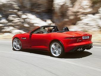 Jaguar F-Type получил выдвижные ручки дверей