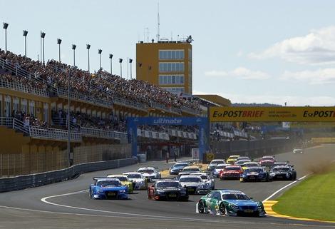 Пилот BMW выиграл гонку в Валенсии на фоне резкой потери темпа представителей Mercedes