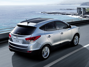 В России у бензиновых Hyundai ix35 появилась новая комплектация