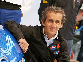 Ален Прост протестирует новые двигатели для Формулы-1