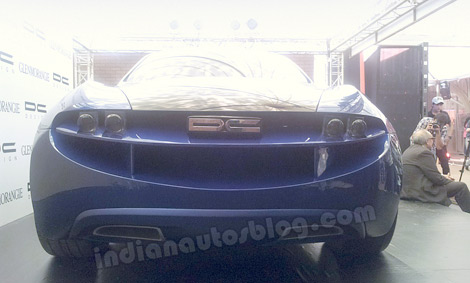 Прототип получил 6-литровый дизель V12. Фото 3