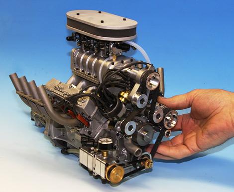 Мотор объемом 100 миллилитров развивает девять лошадиных сил