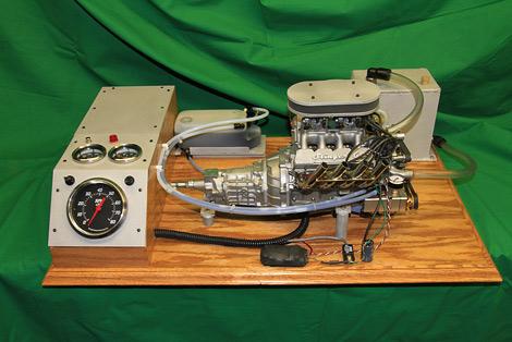 Мотор объемом 100 миллилитров развивает девять лошадиных сил. Фото 1