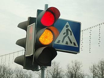 Выезд за стоп-линию в Москве будут определять светофоры