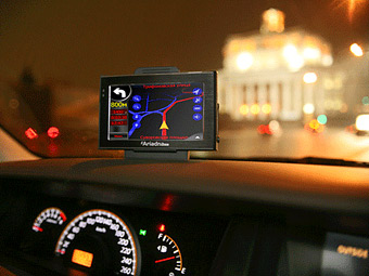 Водителей оповестят о ремонте дорог через смартфоны и навигаторы