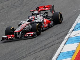 Гонщики McLaren превзошли конкурентов на тренировке в Японии