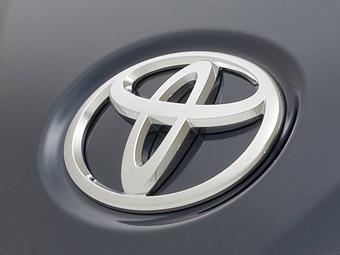 """""""Тойота"""" отзовет по всему миру 7,4 миллиона автомобилей"""