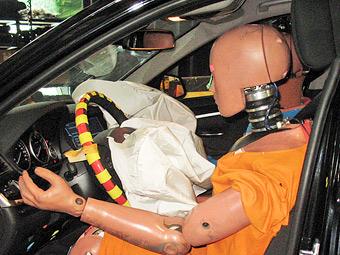 Власти США предупредили водителей о поддельных подушках безопасности