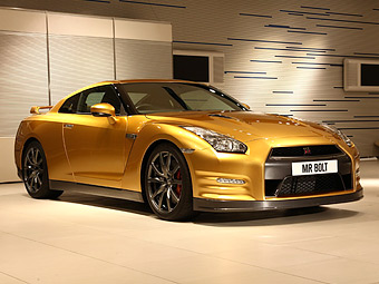 Nissan создал в честь шестикратного олимпийского чемпиона золотой GT-R