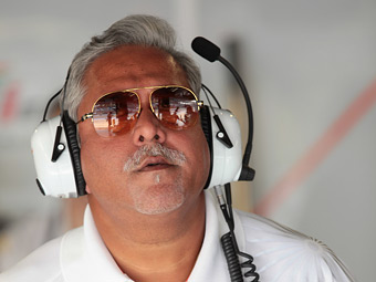 Индийский суд выдал ордер на арест владельца команды Force India