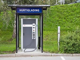 К 2020 году в мире появятся 11 миллионов электрозаправок