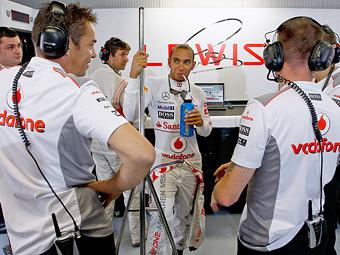 Механики McLaren проигнорировали прощальную вечеринку Хэмилтона