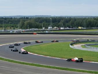 Мировая серия Renault вернется в Россию в июне 2013 года