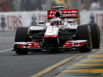 Команда McLaren откажется от клиентских моторов Mercedes-Benz