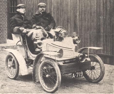 Автомобиль был построен в 1903 году для директора Vauxhall. Фото 1