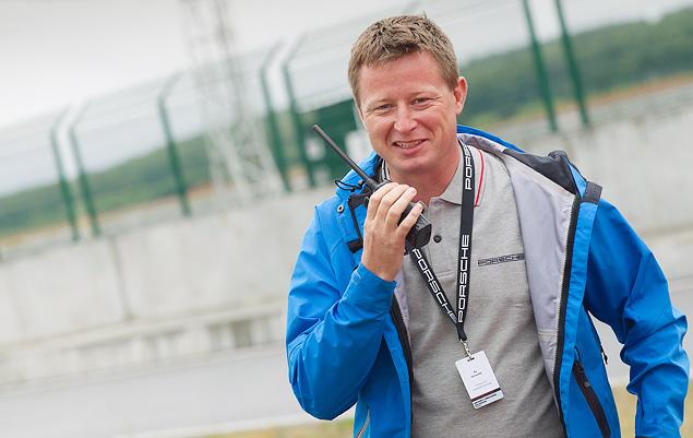 Ездим боком и меняем колеса на третьем этапе Porsche Media Academy. Фото 3