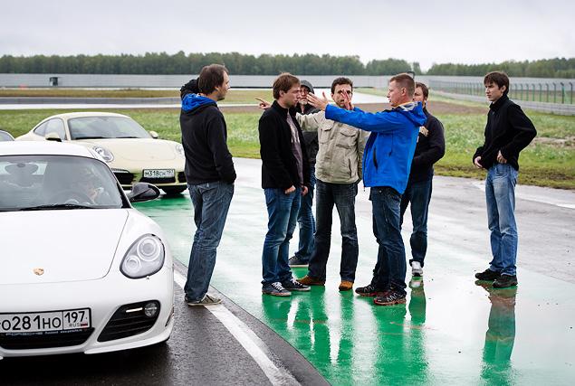 Ездим боком и меняем колеса на третьем этапе Porsche Media Academy. Фото 4