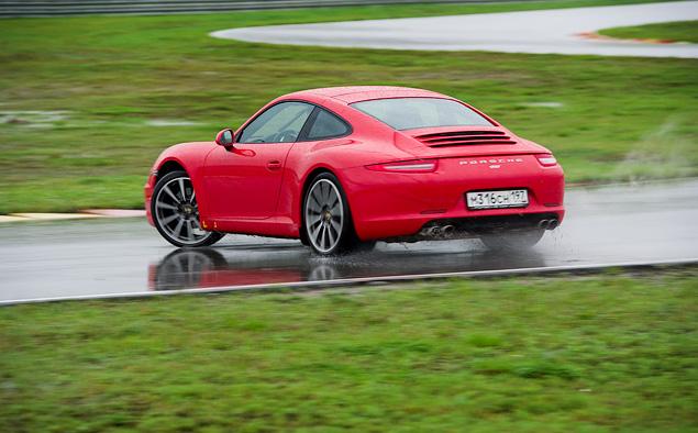 Ездим боком и меняем колеса на третьем этапе Porsche Media Academy. Фото 5